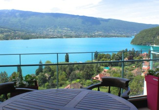 accommodations 2 6 persons lake annecy rentals france. Black Bedroom Furniture Sets. Home Design Ideas